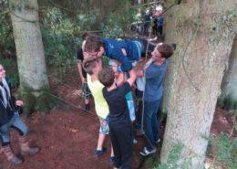De spinnenweb tijdens een training en teambuilding in de Ardennen