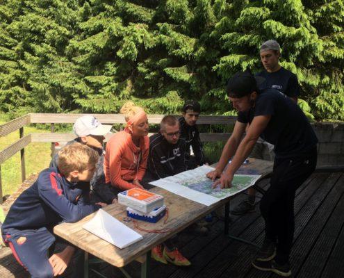 Hike tijdens een teambuilding in de Ardennen