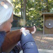 Luchtbuks schieten tijdens een personeelsuitje in Gelderland