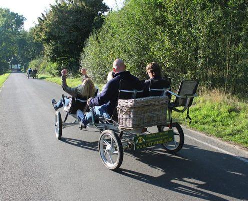 Familiefiets tijdens een leuke familiedag in Gelderland