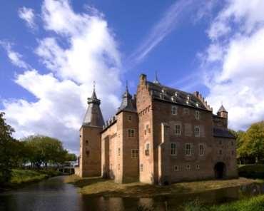 Bezoek Kasteel Doorwerth voor bedrijfsuitjes in Gelderland
