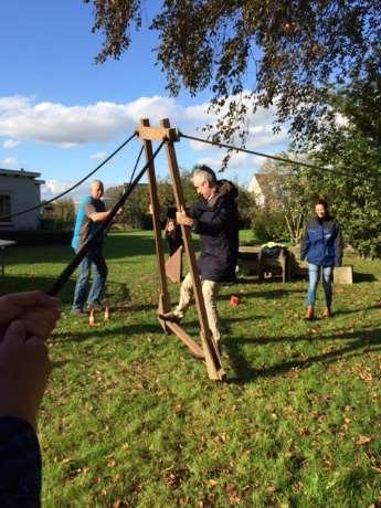 Teamkamp onderdeel 'wandelende A' in Gelderland