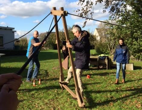 Activiteit: 'Wandelende A' tijdens een teambuilding in Gelderland